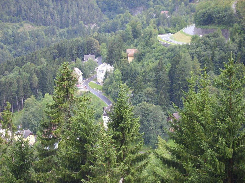 Aufnahme von der Dachterasse vom Hotel Panhans in Sommer 2007, Blickrichtung Süden - Semmering - Kurort, Niederösterreich (2680-NOE)