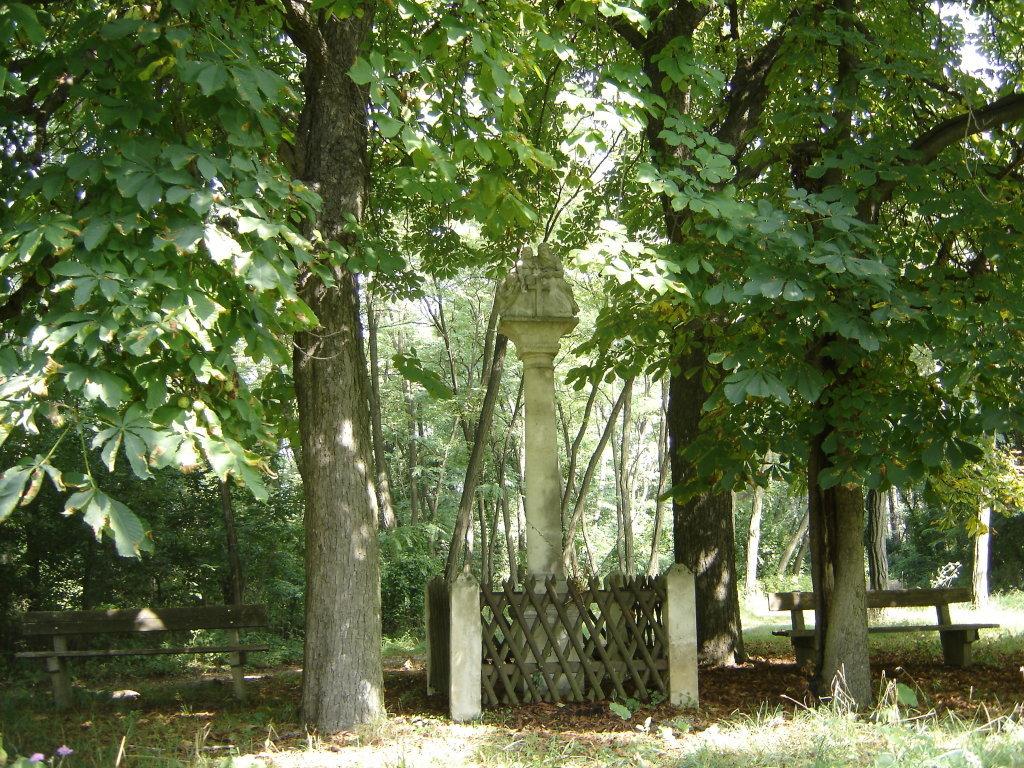 Die Pietasäule auf dem Hengstberg bei Feuersbrunn. - Feuersbrunn, Niederösterreich (3483-NOE)