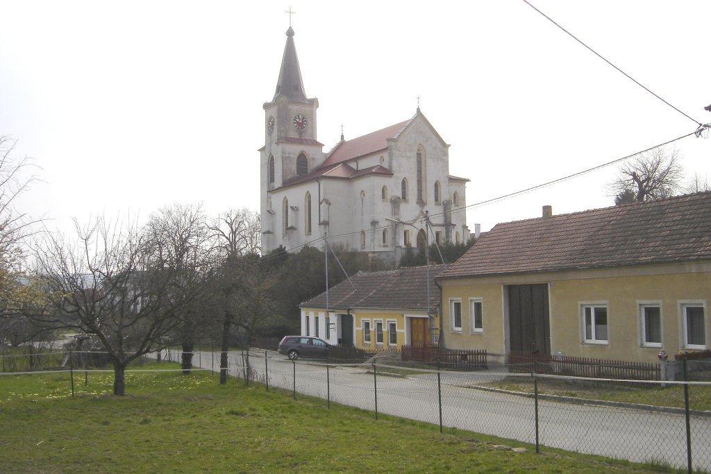 Pfarrkirche Glaubendorf - Glaubendorf, Niederösterreich (3704-NOE)