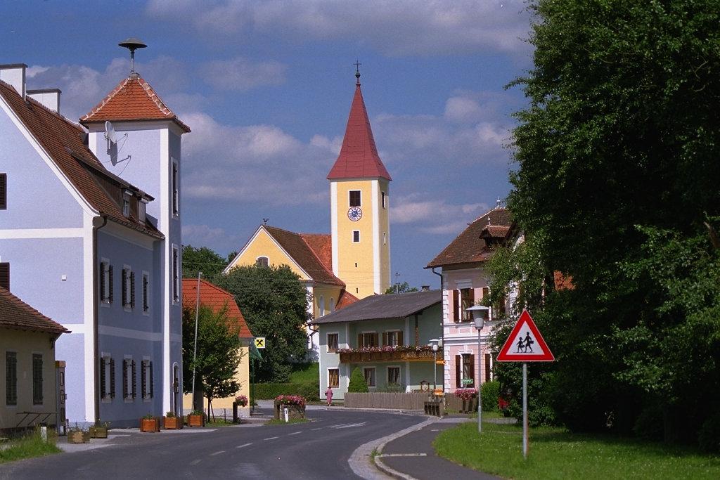Übersbach in der Oststeiermark - Übersbach, Steiermark (8280-STM)