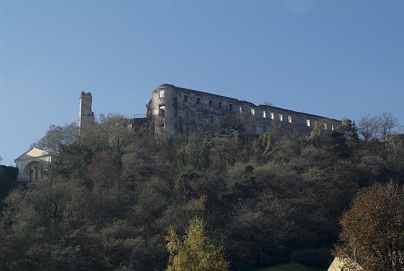 Ruine Gars im Herbst 2010 - Gars am Kamp, Niederösterreich (3571-NOE)