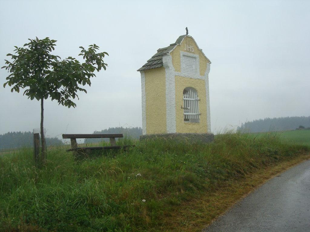 Das Kaisermarterl auf einer Anhöhe in der Nähe von Mayerhöfen. - Mayerhöfen, Niederösterreich (3910-NOE)