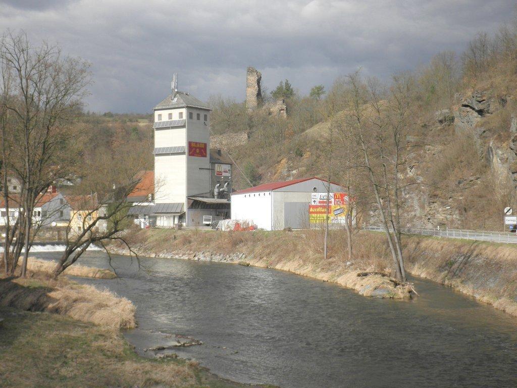 Blick zur Burgruine Kamegg - Kamegg, Niederösterreich (3571-NOE)