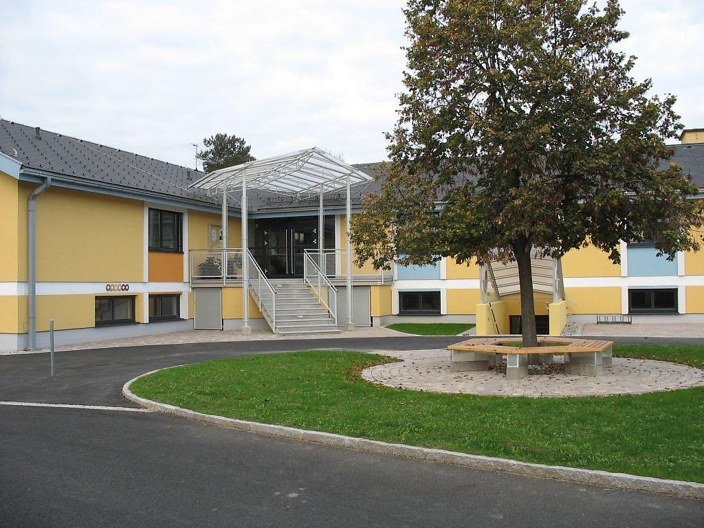 Die Fachschule im Bezirk Fürstenfeld - Fürstenfeld, Steiermark (STM)