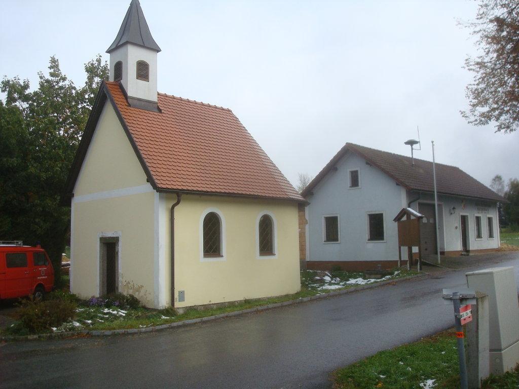 Kapelle und FF-Haus in Reichenbach - Reichenbach, Niederösterreich (3874-NOE)