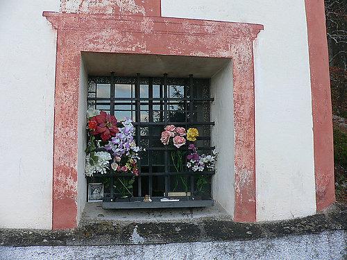 geschmücktes Fenster - Maria Elend, Kärnten (9182-KTN)