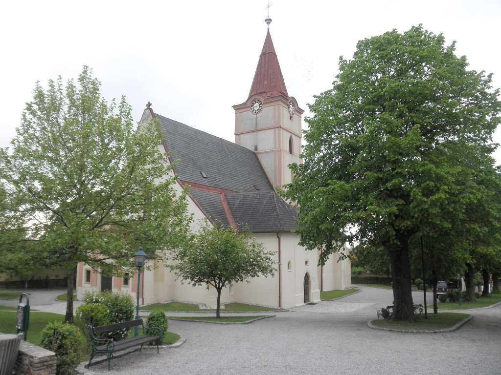 Pfarrkirche in Pyhra - Pyhra, Niederösterreich (3143-NOE)