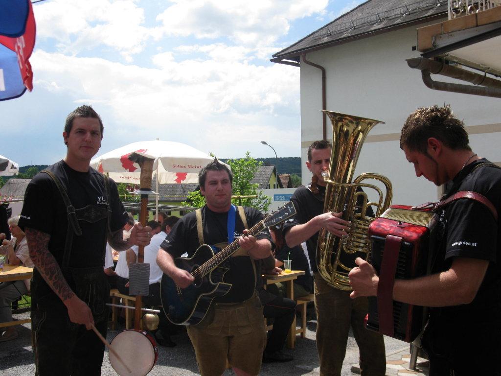 Pfingstsunnti in Gnies - Gnies, Steiermark (8262-STM)