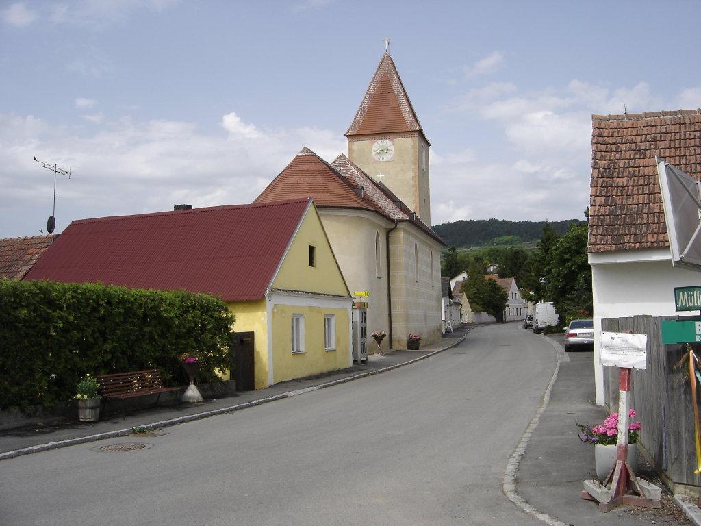 Pfarrkirche Franzhausen - Franzhausen, Niederösterreich (3133-NOE)
