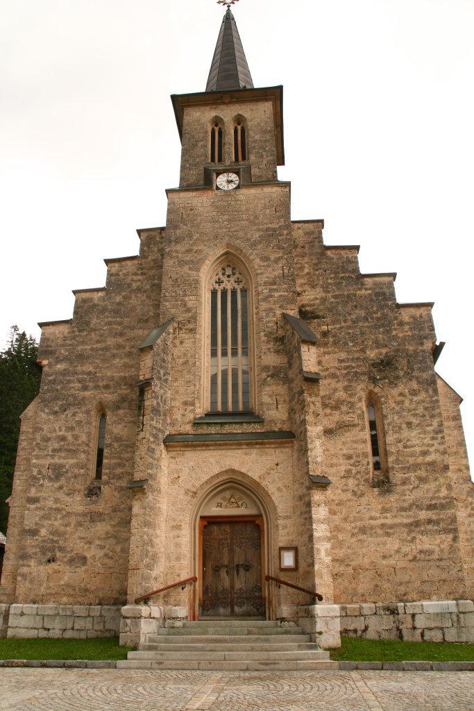 Kirche Neuhaus - Neuhaus, Niederösterreich (3294-NOE)