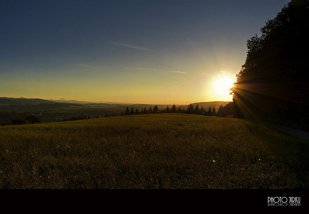 Warten auf Sonnenuntergang - Böheimkirchen, Niederösterreich (3071-NOE)