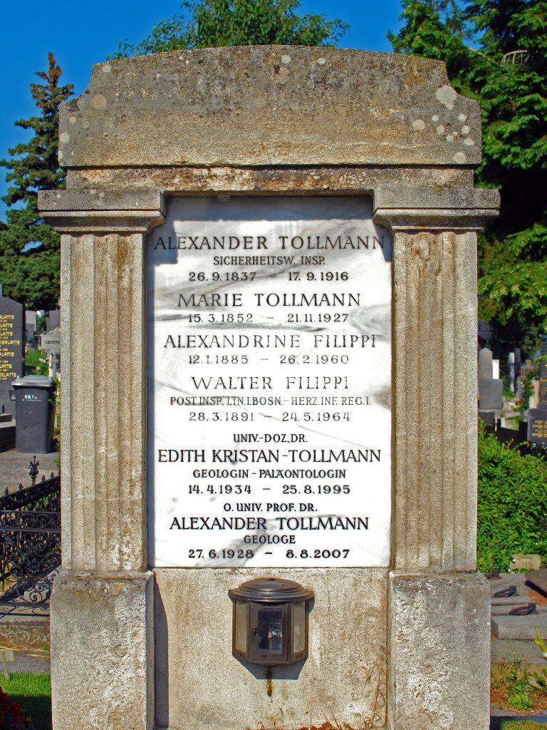 Friedhof Gersthof, Grab des Geologen Alexander Tollmann. - Gersthofer Friedhof, Wien (1180-W)