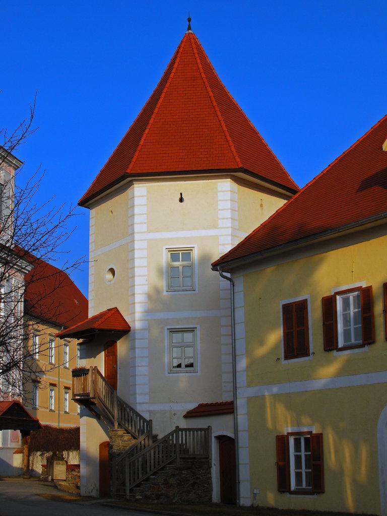 Blick zur Turmuhr - Stift Vorau - Vorau, Steiermark (8250-STM)