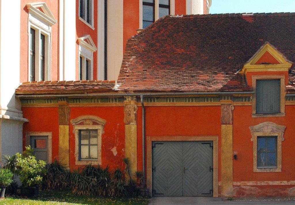 Teil von Stift (Schloss) Pöllau - Pöllau, Steiermark (8225-STM)