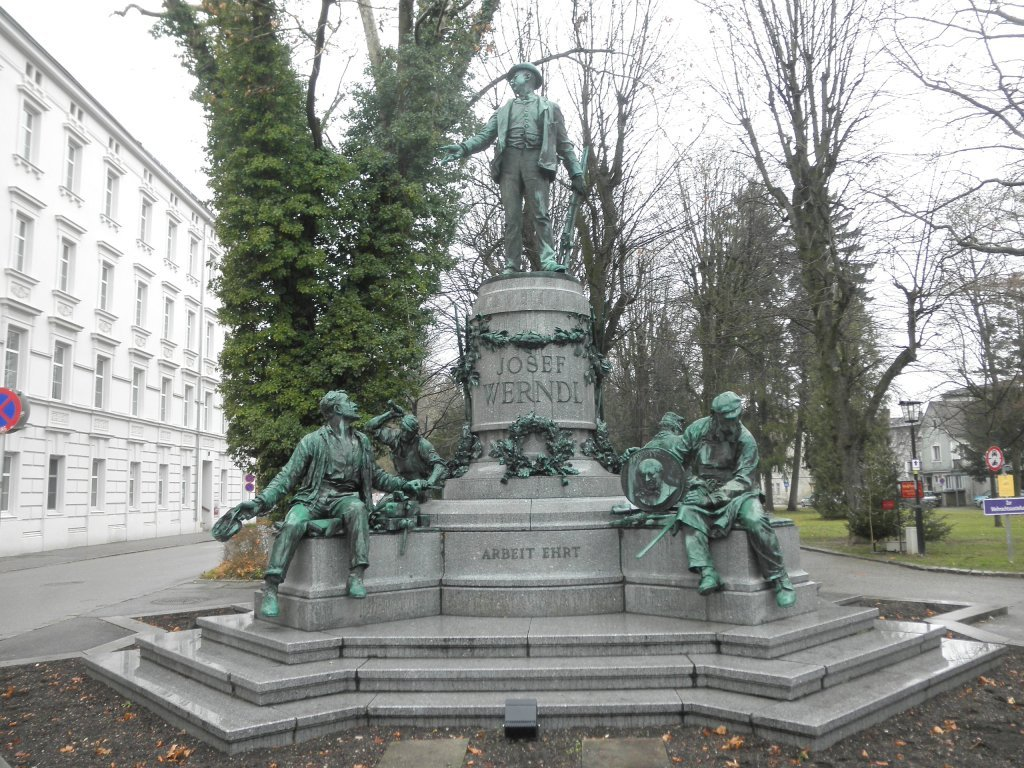 Das Werdl-Denkmal auf der Promenade - Steyr Stadt, Oberösterreich (4400-OOE)