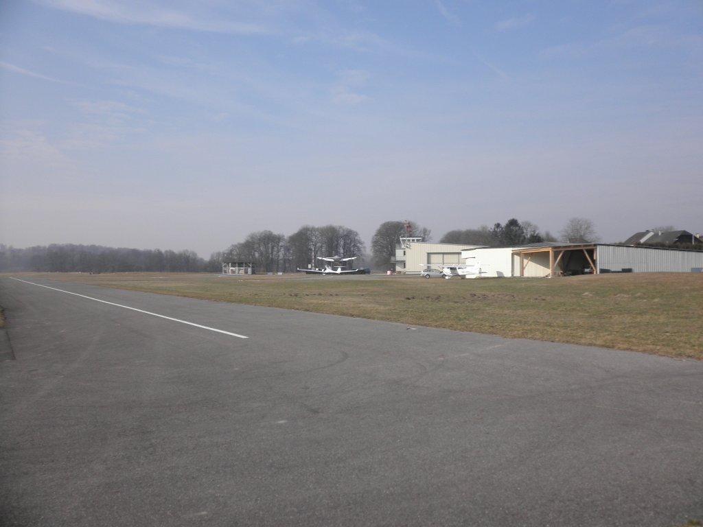 Flugplatz der Flusportfreunde Ybbs in Leutzmannsdorf - Leutzmannsdorf, Niederösterreich (3372-NOE)