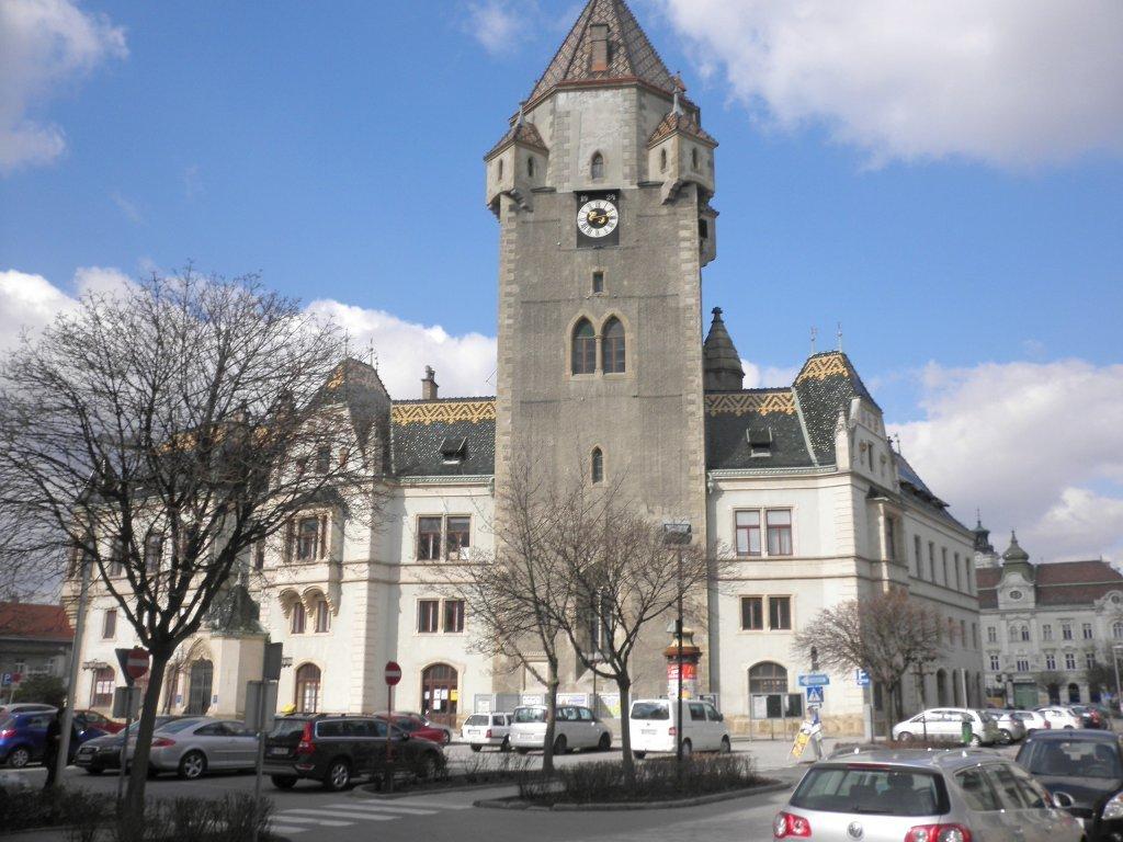 Rathaus mit Stadtturm - Korneuburg, Niederösterreich (2100-NOE)