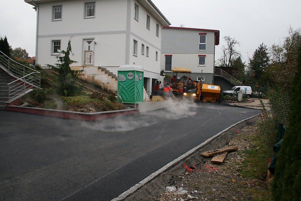 seit 3 jahren befestigte straße - Johannes-Beer-Straße, Oberösterreich (4850-OOE)