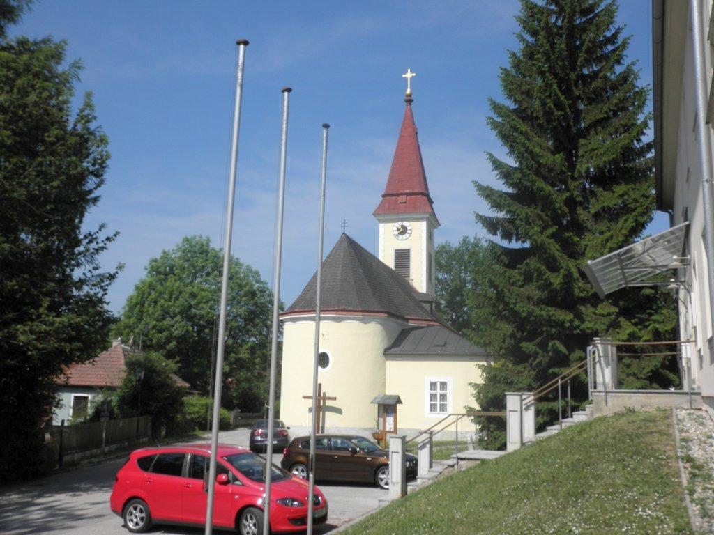 Pfarrkirche von Sulz im Wienerwald - Sulz im Wienerwald, Niederösterreich (2392-NOE)