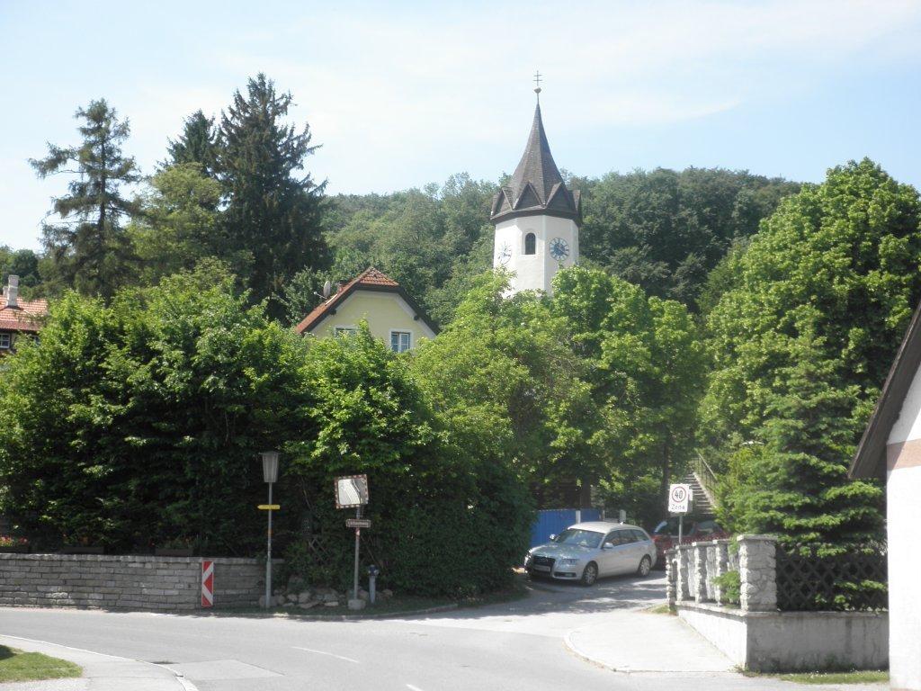 Blick zur Kirche von Sittendorf - Sittendorf, Niederösterreich (2393-NOE)