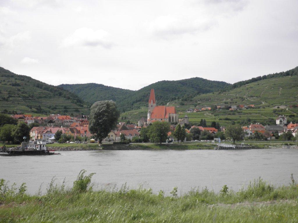 Blick über die Donau nach Weißenkirchen - Weißenkirchen in der Wachau, Niederösterreich (3610-NOE)