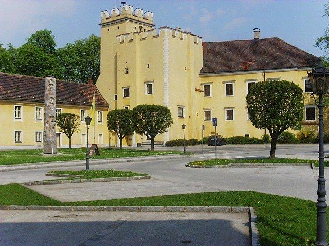 Schloss Groß - Siegharts - Niederösterreich (NOE)
