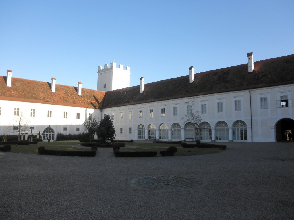Schloss Ennsegg - Enns, Oberösterreich (4470-OOE)