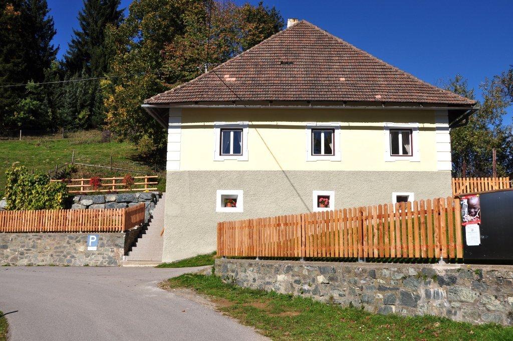 Pfarrhof in Sankt Ulrich am Johannserberg, Süd-Ansicht - Johannserberg, Kärnten (9371-KTN)