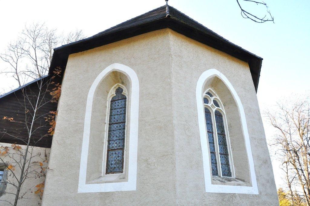 Apsis-Fenster der Filialkirche heiliger Johannes d. T. - Spitzwiesen, Kärnten (9571-KTN)