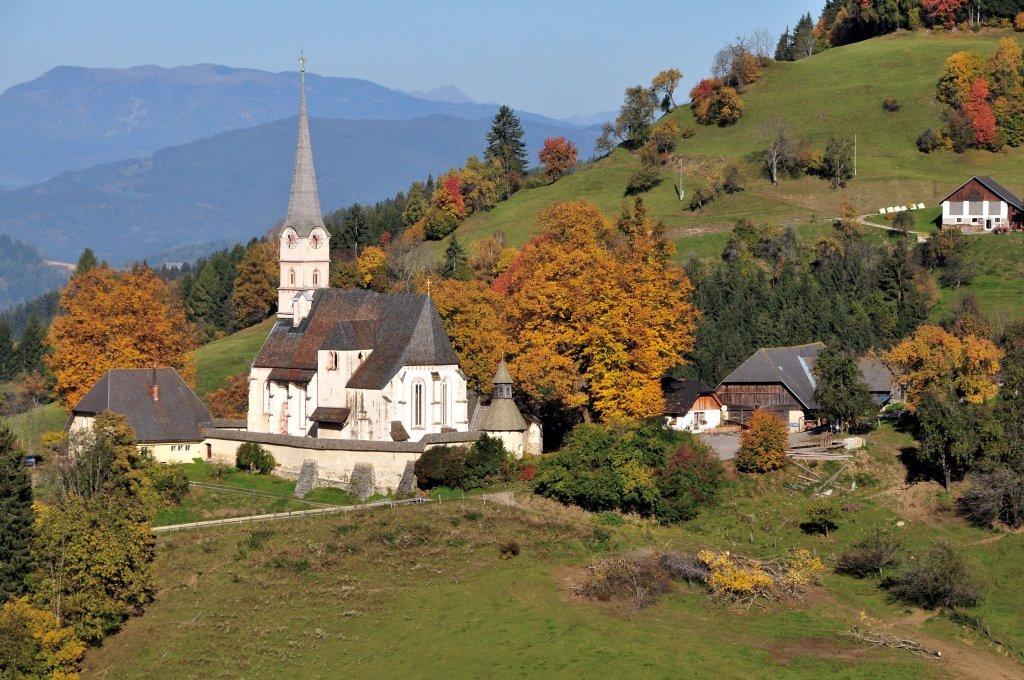 Pfarr- und Wallfahrtskirche Unsere Liebe Frau mit Pfarrhof (ehemalige Volksschule) - Hochfeistritz, Kärnten (9372-KTN)