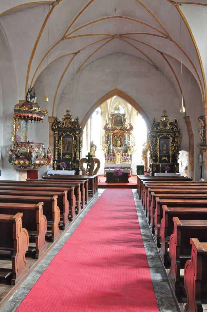 Inneres der Pfarrkirche heiliger Johannes in Weitensfeld - Weitensfeld im Gurktal, Kärnten (9344-KTN)