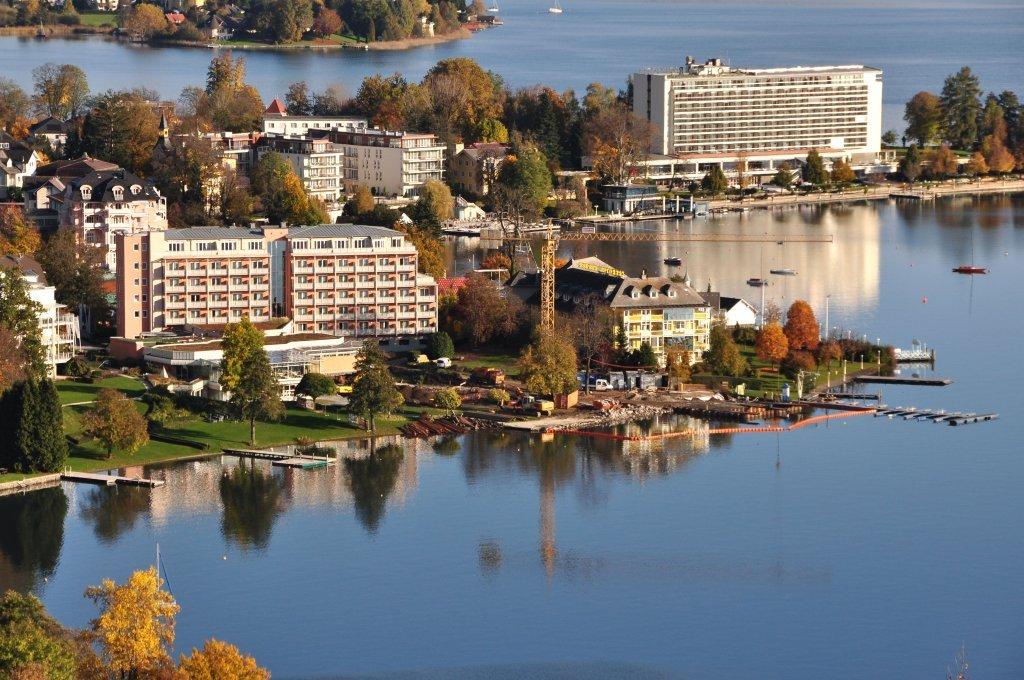 West-Bucht ohne Werzer-Bad, Oktober 2012 - Pörtschach am Wörther See, Kärnten (9210-KTN)