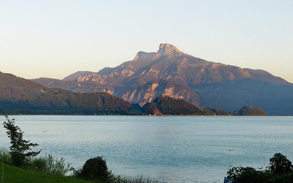 Schafberg Nordseite mit Mondsee, letzte Sonne - Oberösterreich (OOE)