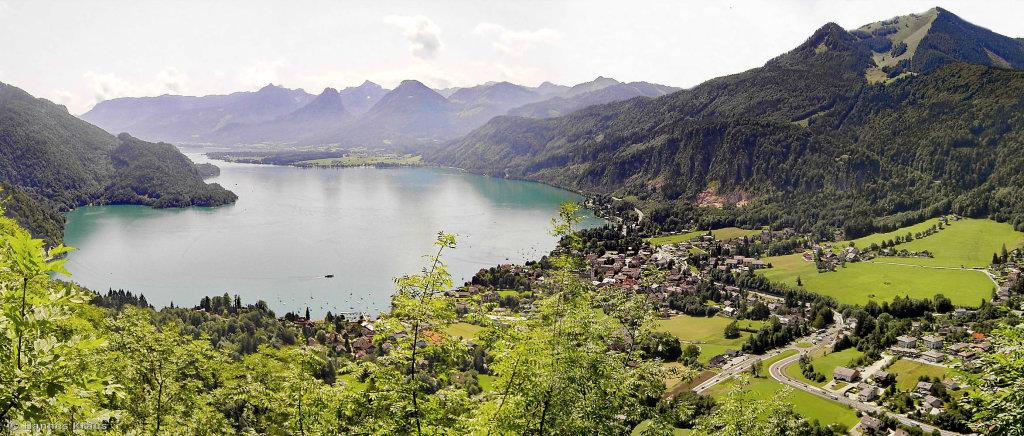 Blick vom Plombergstein auf den Wolfgangsee, St.Gilgen u. das Zwölferhorm - St. Gilgen, Salzburg (5340-SBG)