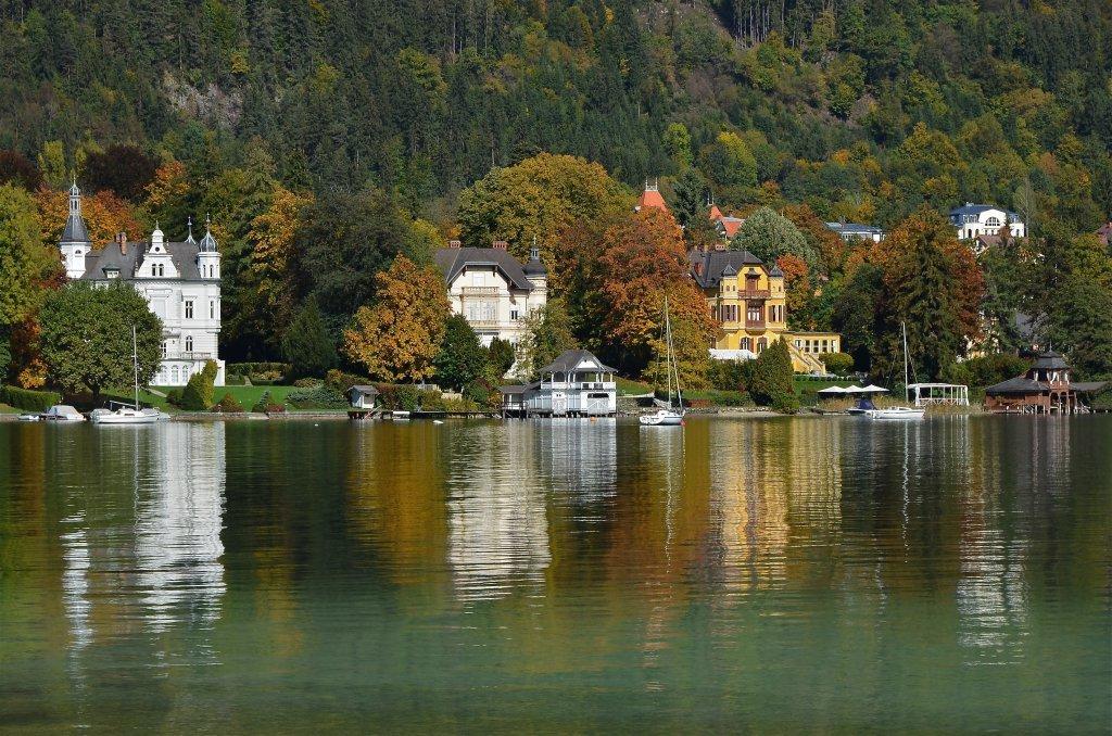 Villen Wörth, Seehort und Miralago an der Ostbucht des Wörthersees. - Pörtschach am Wörther See, Kärnten (9210-KTN)