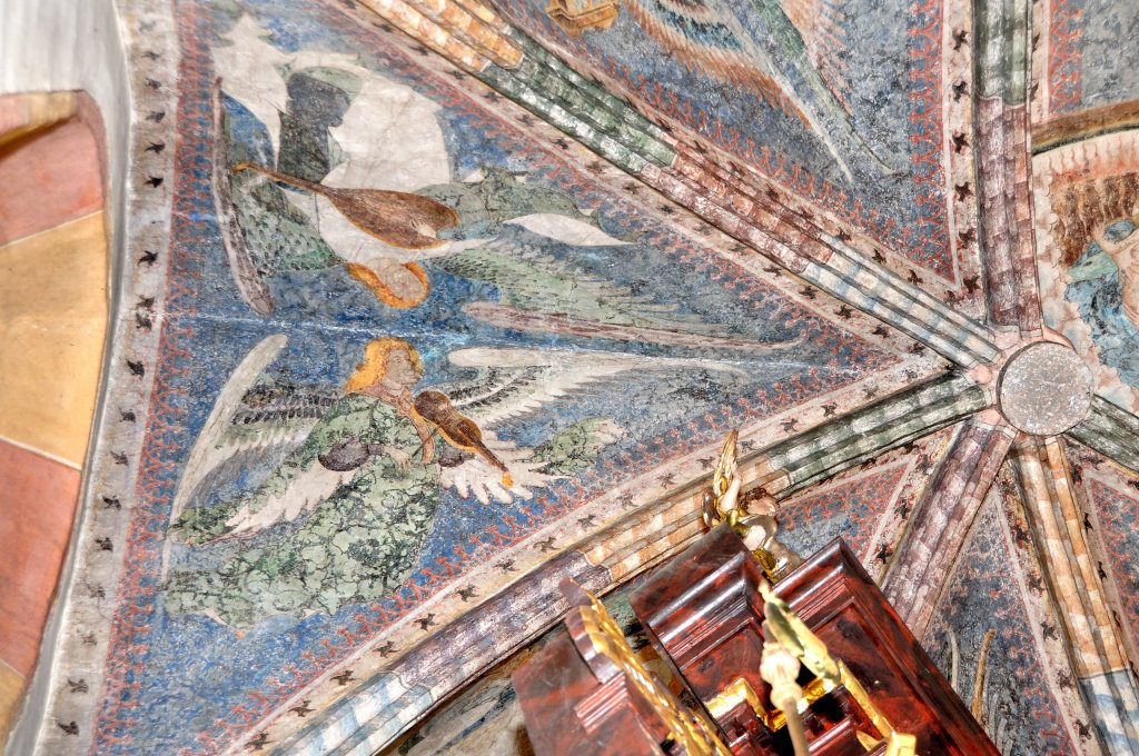 Engel mit Laute und Fiedel (Fresko von Thomas von Villach aus dem Jahr 1527) im Chorschluss der Pfarrkirche Heiliger Andreas - Thörl-Maglern-Greuth, Kärnten (9602-KTN)