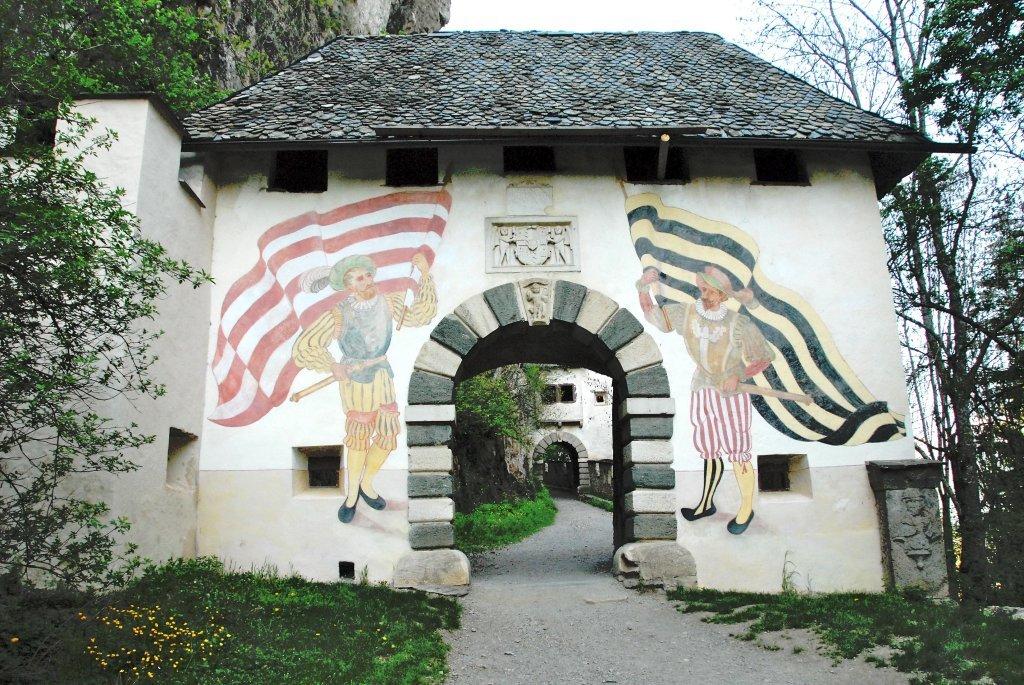 Fähnrichtor (1.) der Burganlage Hochosterwitz - Hochosterwitz, Kärnten (9314-KTN)