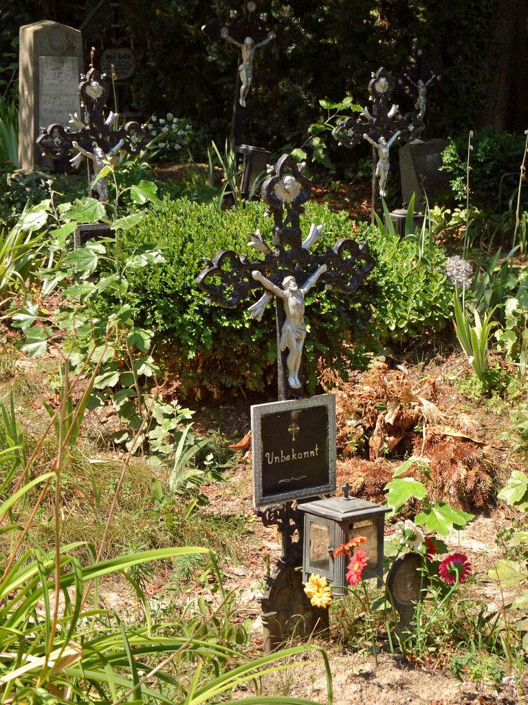 "Friedhof der Namenlosen, ""unbekannt"" - Friedhof der Namenlosen, Wien (1110-W)"