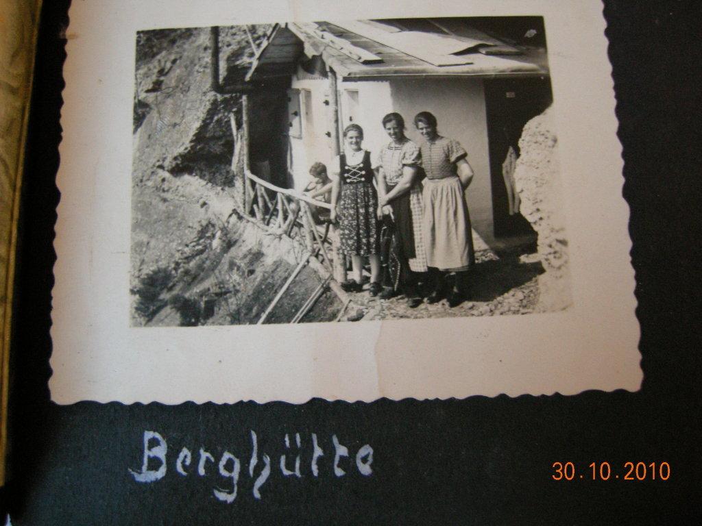 vor 70Jahren Berghütte Spurensuche 2012 - Eichenberg, Vorarlberg (6911-VBG)