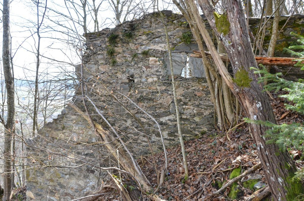 Bastion der ehemaligen Burg Tevinia - Tiffen, Kärnten (9560-KTN)