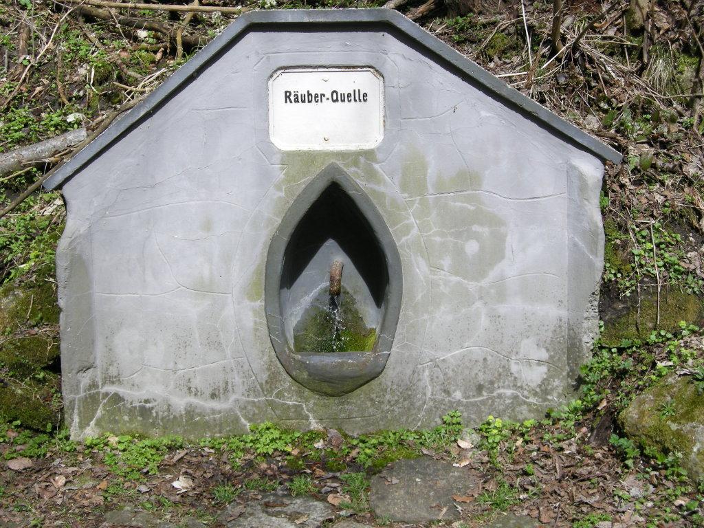 Die Räuberquelle im Gebiet des Schöckls bei St.Radegund - St. Radegund bei Graz, Steiermark (8061-STM)
