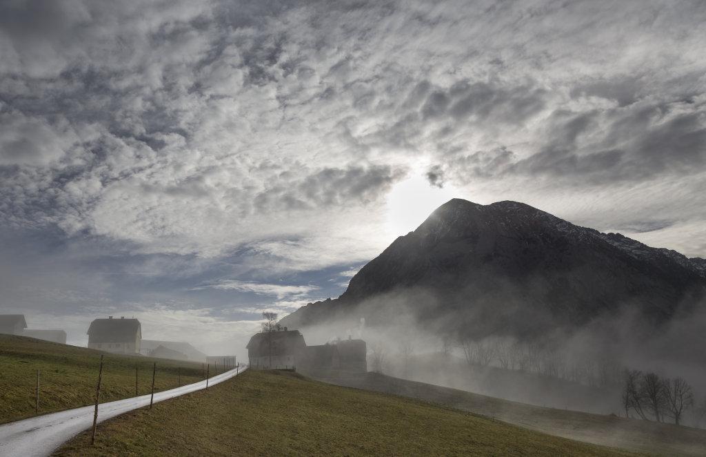 Nebel im Dörfl Zlem - Zlem, Steiermark (8982-STM)