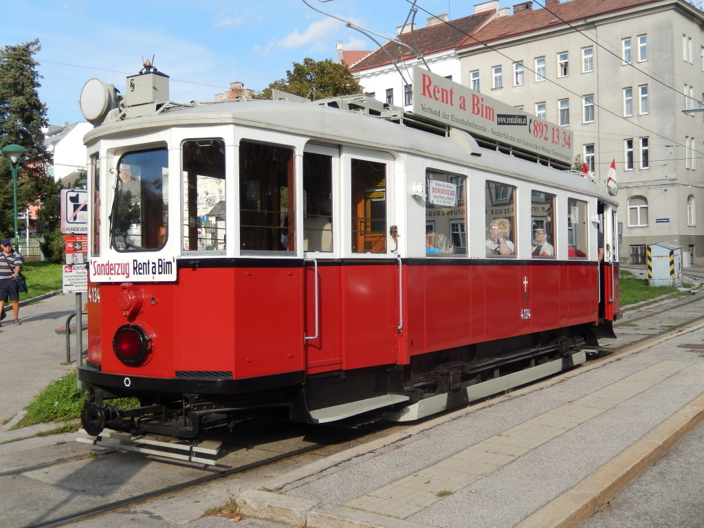 Oldtimer-Sonderzug in der Drechsler-Schleife, am 20.9.'14 - Wien (W)