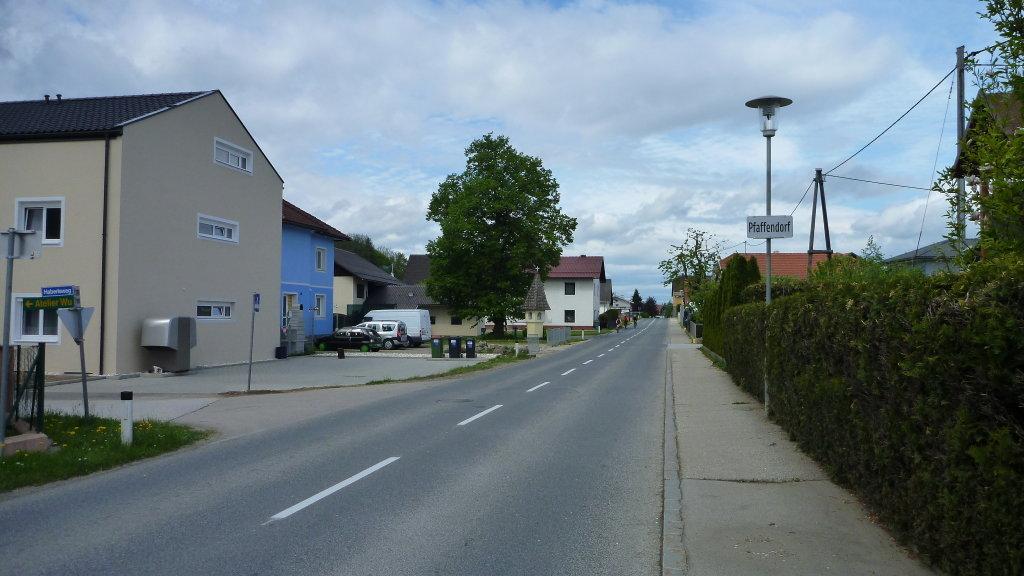 Ortsdurchfahrt Pfaffendorf - Mai 2015 - Pfaffendorf, Kärnten (9065-KTN)