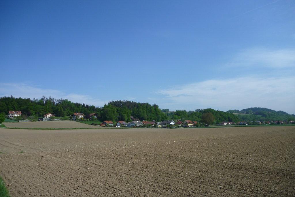 Kading vom R7 aus gesehen - 6. Mai 2015 - Kading, Kärnten (9063-KTN)