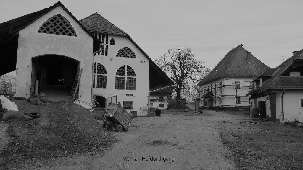 Wainz - Hofdurchgang - November 2016 - Wainz, Kärnten (9063-KTN)