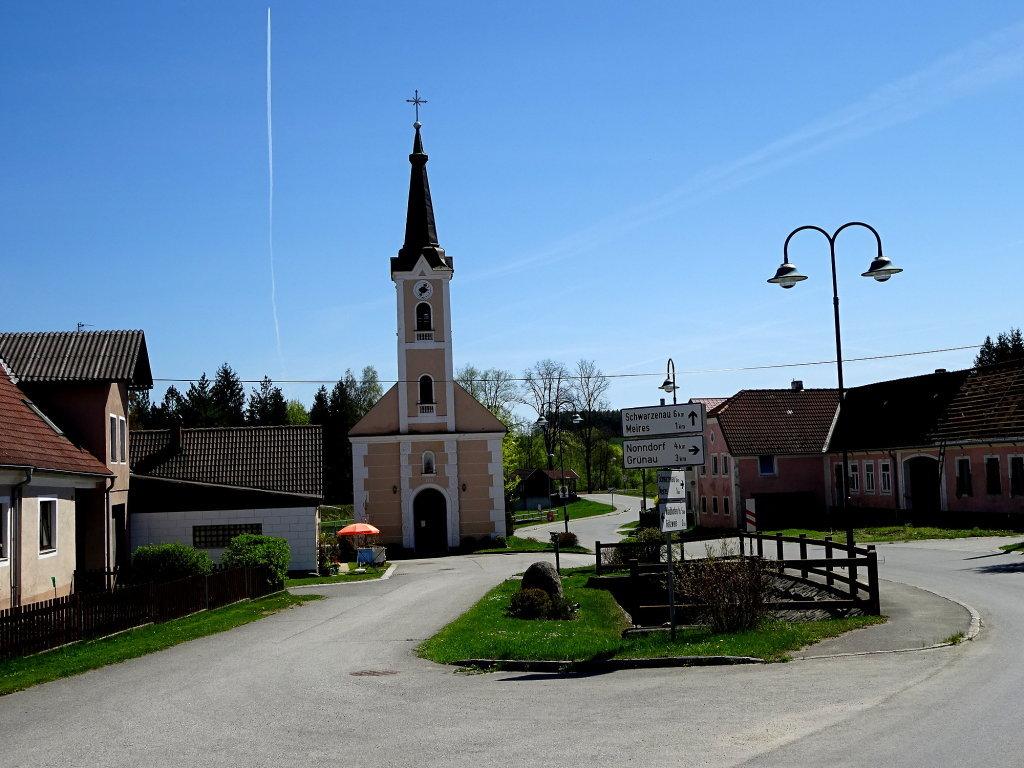 Blick zur Dorfkapelle Kottschallings - Kottschallings, Niederösterreich (3841-NOE)